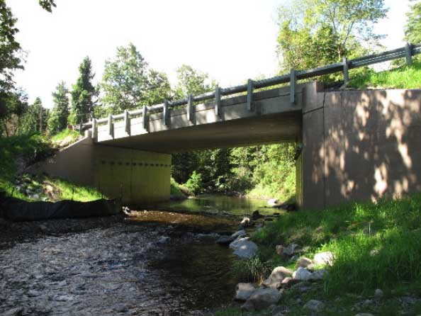 Raymondskill Creek Bridge in Pike County, PA