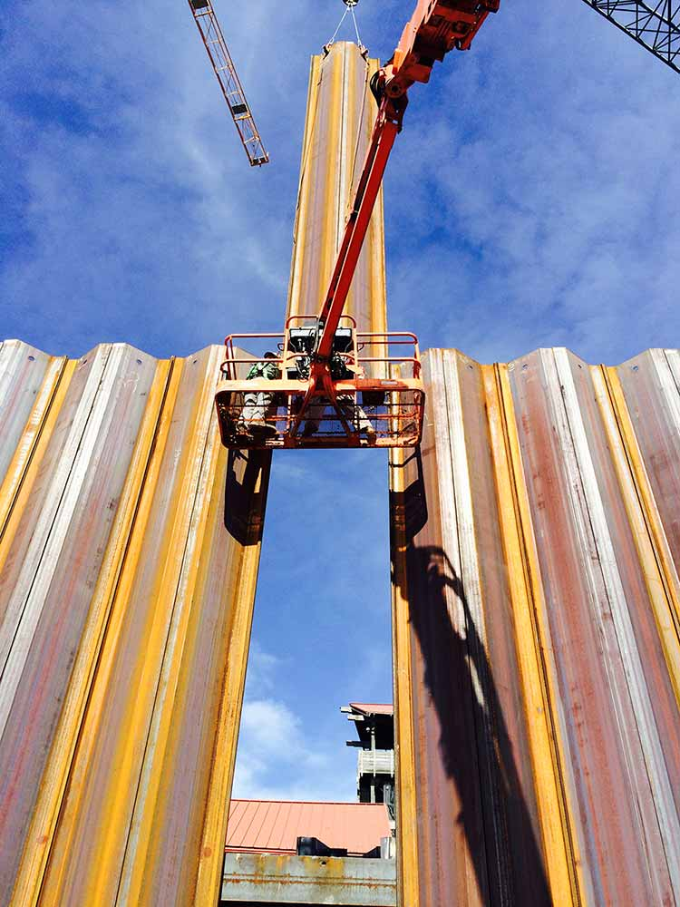 Wagman Geotechnical Services Sheet Piling used at Exelon project