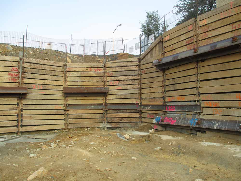 Wagman Geotechnical Services Pile and Lagging Walls at Reading Hospital project